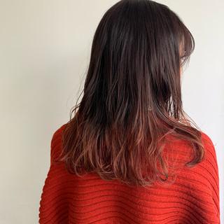 ナチュラル ロング グラデーションカラー ヘアスタイルや髪型の写真・画像