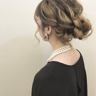 ナチュラル ヘアアレンジ 波ウェーブ ロング ヘアスタイルや髪型の写真・画像