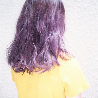 外国人風カラー グラデーションカラー ストリート ラベンダー ヘアスタイルや髪型の写真・画像