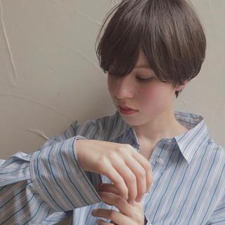 ナチュラル 簡単スタイリング ショート 小顔ショート ヘアスタイルや髪型の写真・画像 ヘアスタイルや髪型の写真・画像
