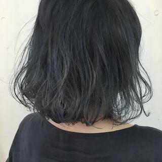 グレー グラデーションカラー ボブ ストリート ヘアスタイルや髪型の写真・画像