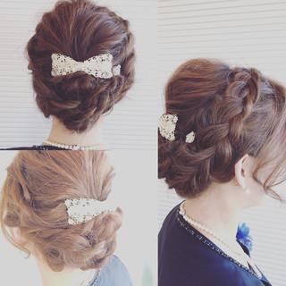 ミルクティー ミディアム ヘアアレンジ 編み込み ヘアスタイルや髪型の写真・画像 ヘアスタイルや髪型の写真・画像
