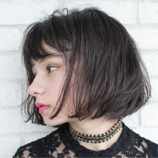 小顔 大人女子 ナチュラル モード ヘアスタイルや髪型の写真・画像