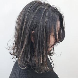 イルミナカラー 外ハネ ハイライト コンサバ ヘアスタイルや髪型の写真・画像