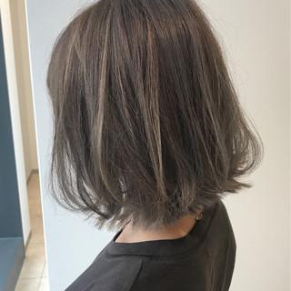 グレージュ ナチュラル ハイライト ボブ ヘアスタイルや髪型の写真・画像