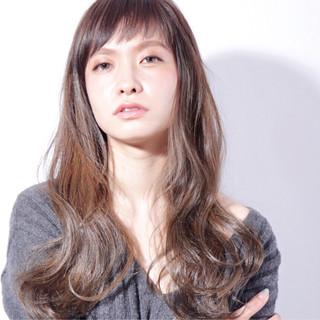 パーマ ブラウン ロング 外国人風 ヘアスタイルや髪型の写真・画像