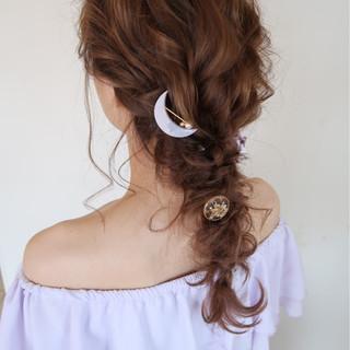 編み込み ヘアアレンジ ロング 大人かわいい ヘアスタイルや髪型の写真・画像