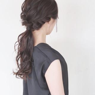 ローポニーテール 結婚式 大人かわいい ヘアアレンジ ヘアスタイルや髪型の写真・画像 ヘアスタイルや髪型の写真・画像