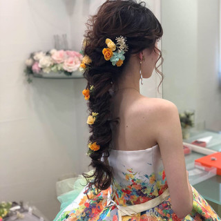 ミディアム 結婚式ヘアアレンジ フェミニン 編みおろし ヘアスタイルや髪型の写真・画像