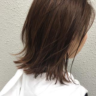 ナチュラル アッシュ ロブ ハイライト ヘアスタイルや髪型の写真・画像