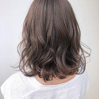 ミディアム 秋冬スタイル ショコラブラウン 秋ブラウン ヘアスタイルや髪型の写真・画像