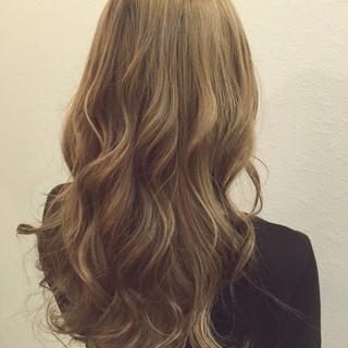 ストリート アッシュ ローライト ハイトーン ヘアスタイルや髪型の写真・画像