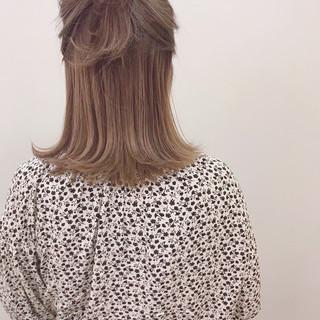 デート ハイライト ブリーチ ナチュラル ヘアスタイルや髪型の写真・画像