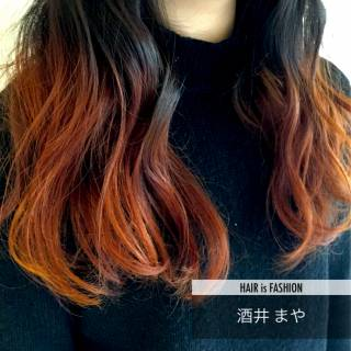 グラデーションカラー ガーリー ナチュラル 巻き髪 ヘアスタイルや髪型の写真・画像