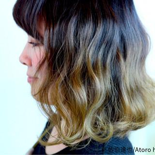 外国人風 ミディアム ストリート ダブルカラー ヘアスタイルや髪型の写真・画像