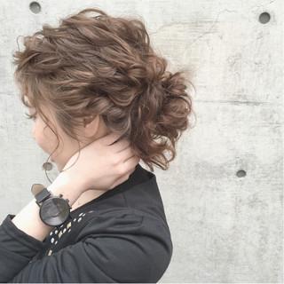 ガーリー 大人かわいい セミロング ヘアアレンジ ヘアスタイルや髪型の写真・画像 ヘアスタイルや髪型の写真・画像