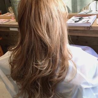 ブラウン グラデーションカラー アッシュ ハイライト ヘアスタイルや髪型の写真・画像