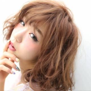 大人かわいい ゆるふわ 外ハネ フェミニン ヘアスタイルや髪型の写真・画像