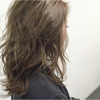ハイライト 外国人風 グラデーションカラー グレージュ ヘアスタイルや髪型の写真・画像