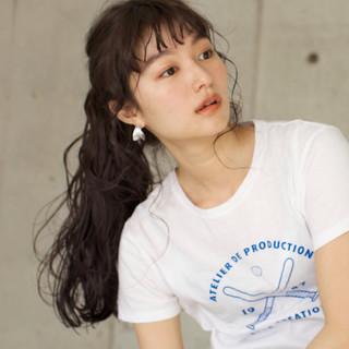 ロング アンニュイ ウェーブ ナチュラル ヘアスタイルや髪型の写真・画像