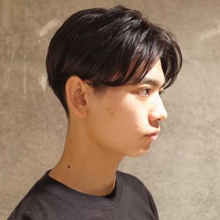 ナチュラル メンズ ショート メンズヘア ヘアスタイルや髪型の写真・画像 | 刈り上げ・2ブロック専門美容師 ヤマモトカズヒコ / MEN'S GROOMING SALON AOYAMA by kakimoto arms