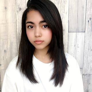 前髪あり かき上げ前髪 セミロング ナチュラル ヘアスタイルや髪型の写真・画像 ヘアスタイルや髪型の写真・画像