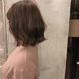 謝恩会 アンニュイ ナチュラル ミディアム ヘアスタイルや髪型の写真・画像