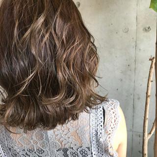 ハイライト ボブ ヘアアレンジ ナチュラル ヘアスタイルや髪型の写真・画像
