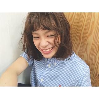 アッシュ 外国人風 パーマ ピュア ヘアスタイルや髪型の写真・画像