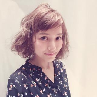 アッシュ ストリート フェミニン パーマ ヘアスタイルや髪型の写真・画像