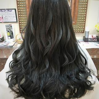 グラデーションカラー ナチュラル ロング 暗髪 ヘアスタイルや髪型の写真・画像 ヘアスタイルや髪型の写真・画像