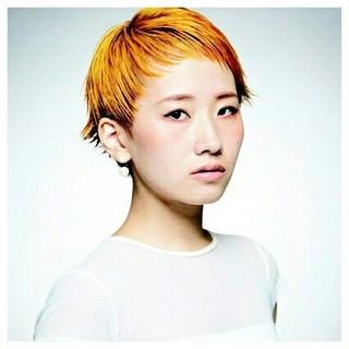 ブリーチ イエロー ストリート オレンジ ヘアスタイルや髪型の写真・画像