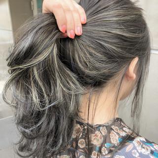 グレージュ ハイライト ナチュラル グラデーションカラー ヘアスタイルや髪型の写真・画像