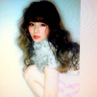 ガーリー カール ウェーブ ロング ヘアスタイルや髪型の写真・画像