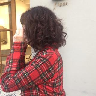 ミディアム 冬 パーマ モード ヘアスタイルや髪型の写真・画像