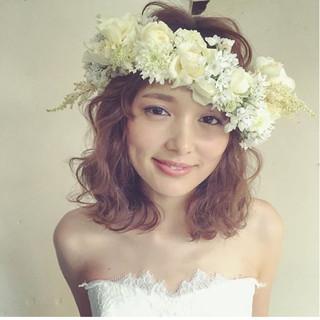ゆるふわ ミディアム ヘアアレンジ フェミニン ヘアスタイルや髪型の写真・画像