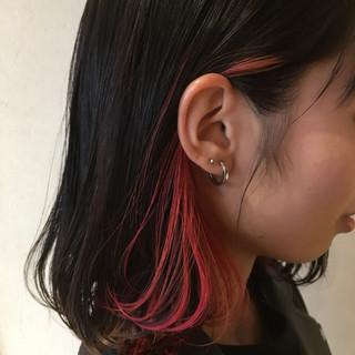 ベリーピンク インナーカラー赤 ガーリー ボブ ヘアスタイルや髪型の写真・画像 ヘアスタイルや髪型の写真・画像