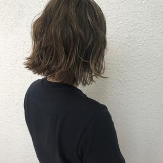 外国人風 ハイライト ヘアアレンジ ブリーチ ヘアスタイルや髪型の写真・画像