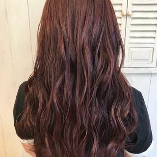 ラフ ピンク デート アウトドア ヘアスタイルや髪型の写真・画像