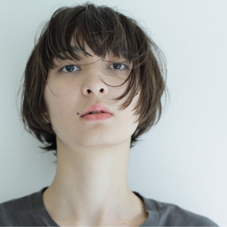 ストリート 外国人風 ウェットヘア ボブ ヘアスタイルや髪型の写真・画像