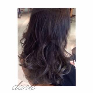 ローライト 外国人風カラー ストリート 暗髪 ヘアスタイルや髪型の写真・画像 ヘアスタイルや髪型の写真・画像
