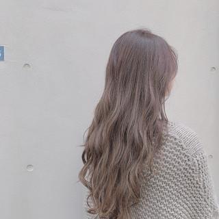 ラベンダーグレージュ ミルクベージュ グレージュ ナチュラル ヘアスタイルや髪型の写真・画像 ヘアスタイルや髪型の写真・画像