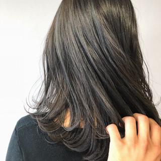 ブルージュ デート ナチュラル ブルーアッシュ ヘアスタイルや髪型の写真・画像
