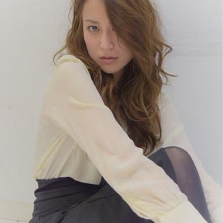 ロング エレガント 斜め前髪 女子会 ヘアスタイルや髪型の写真・画像