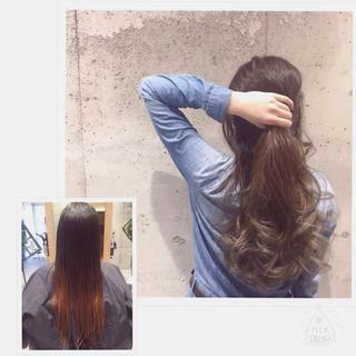 ロング ハイライト グラデーションカラー アッシュ ヘアスタイルや髪型の写真・画像