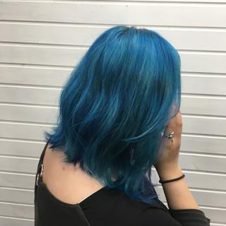 ストリート ミディアム ブルー カラーバター ヘアスタイルや髪型の写真・画像
