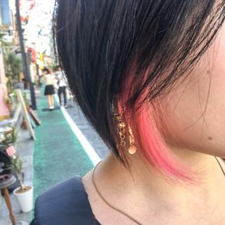インナーカラー ストリート ピンク ショート ヘアスタイルや髪型の写真・画像