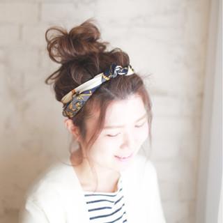 ロング 大人かわいい 簡単ヘアアレンジ ヘアアクセ ヘアスタイルや髪型の写真・画像