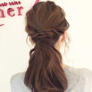 波ウェーブ ローポニーテール ロング ヘアアレンジ ヘアスタイルや髪型の写真・画像