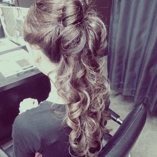 ハーフアップ 大人かわいい ゆるふわ アッシュ ヘアスタイルや髪型の写真・画像
